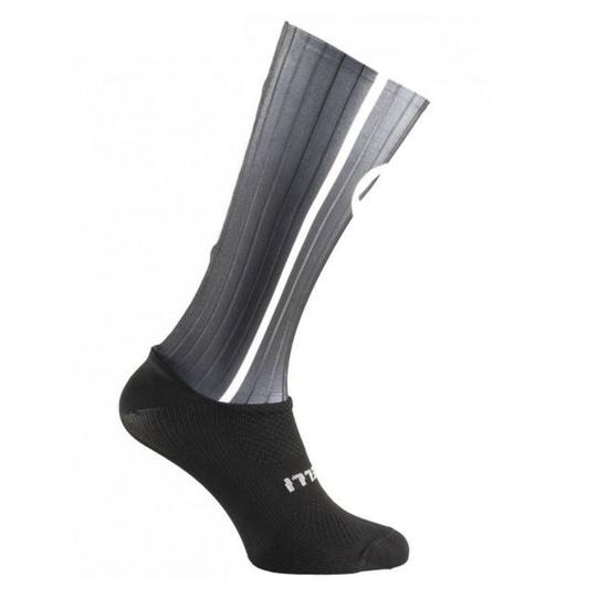 aerodynamické funkčnou ponožky Rogelli AERO, čierno-šedé 007.004