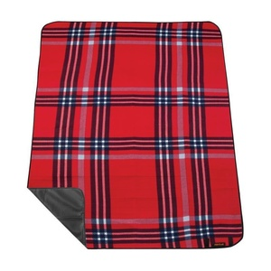 Pikniková deka s popruhom Spokey PICNIC HIGHLAND, červená, Spokey