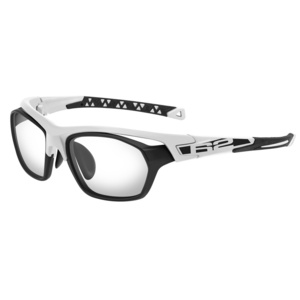 Športové slnečné okuliare R2 VIST AT103C, R2