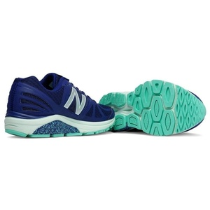 Topánky New Balance W770BG5, New Balance